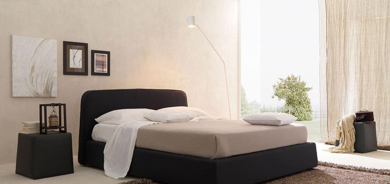 Кровать с мягким изголовьем Gold