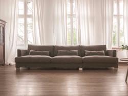 Прямой диван BRANDON в LUXURYSOFAS