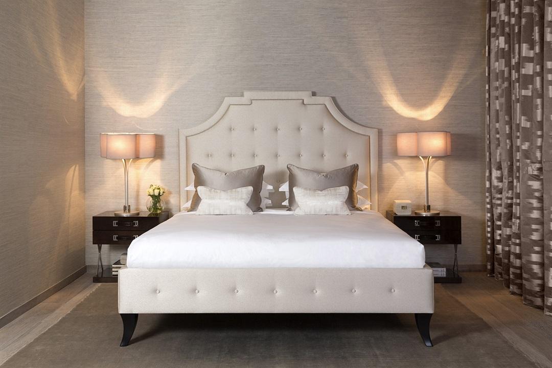 Кровать с изголовьем Victoria