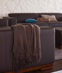 Прямой диван BASE в LUXURYSOFAS