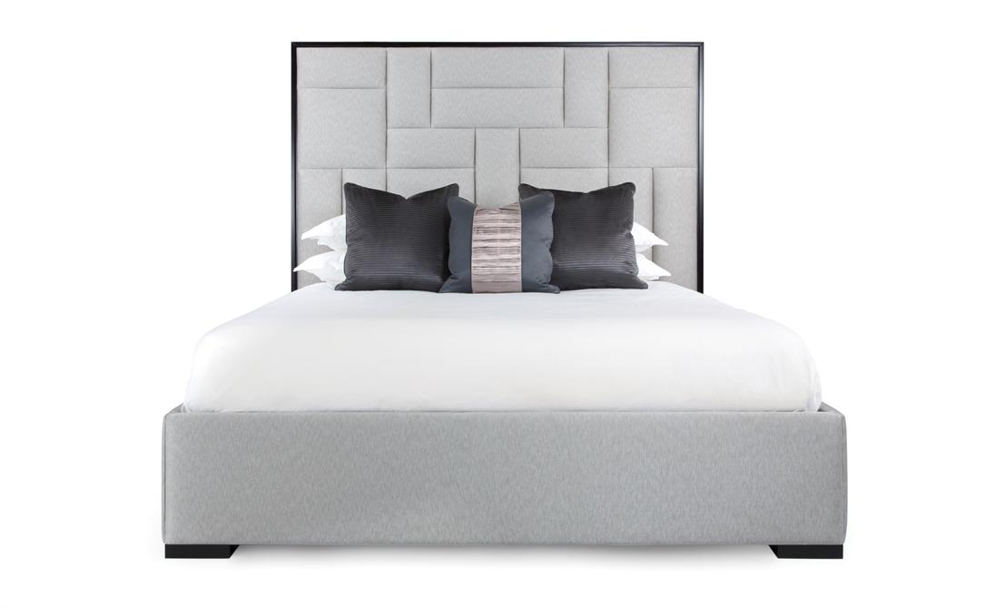 Кровать с высоким изголовьем Sloane