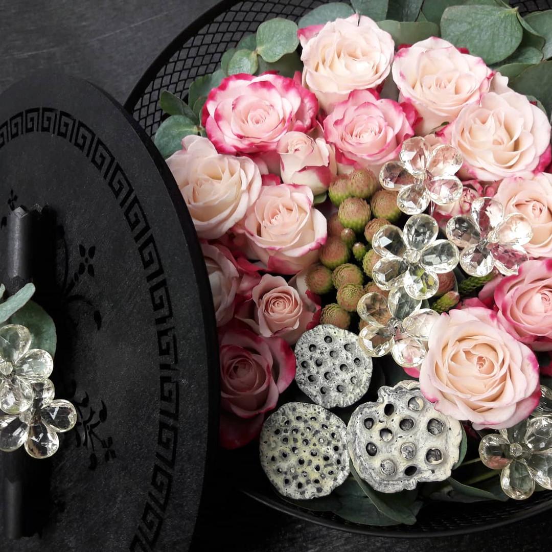 Gėlės šventėms!