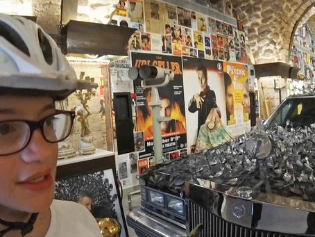 כפיות או לא להיות, ביקור במוזיאון אורי גלר ביפו