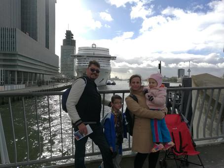 רוטרדם, הולנד - הגענו כי סגרו את הנמל באמסטרדם