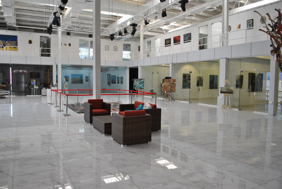 Art Hub, 2013