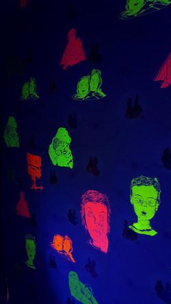 papier peint/fluo/lumière noire