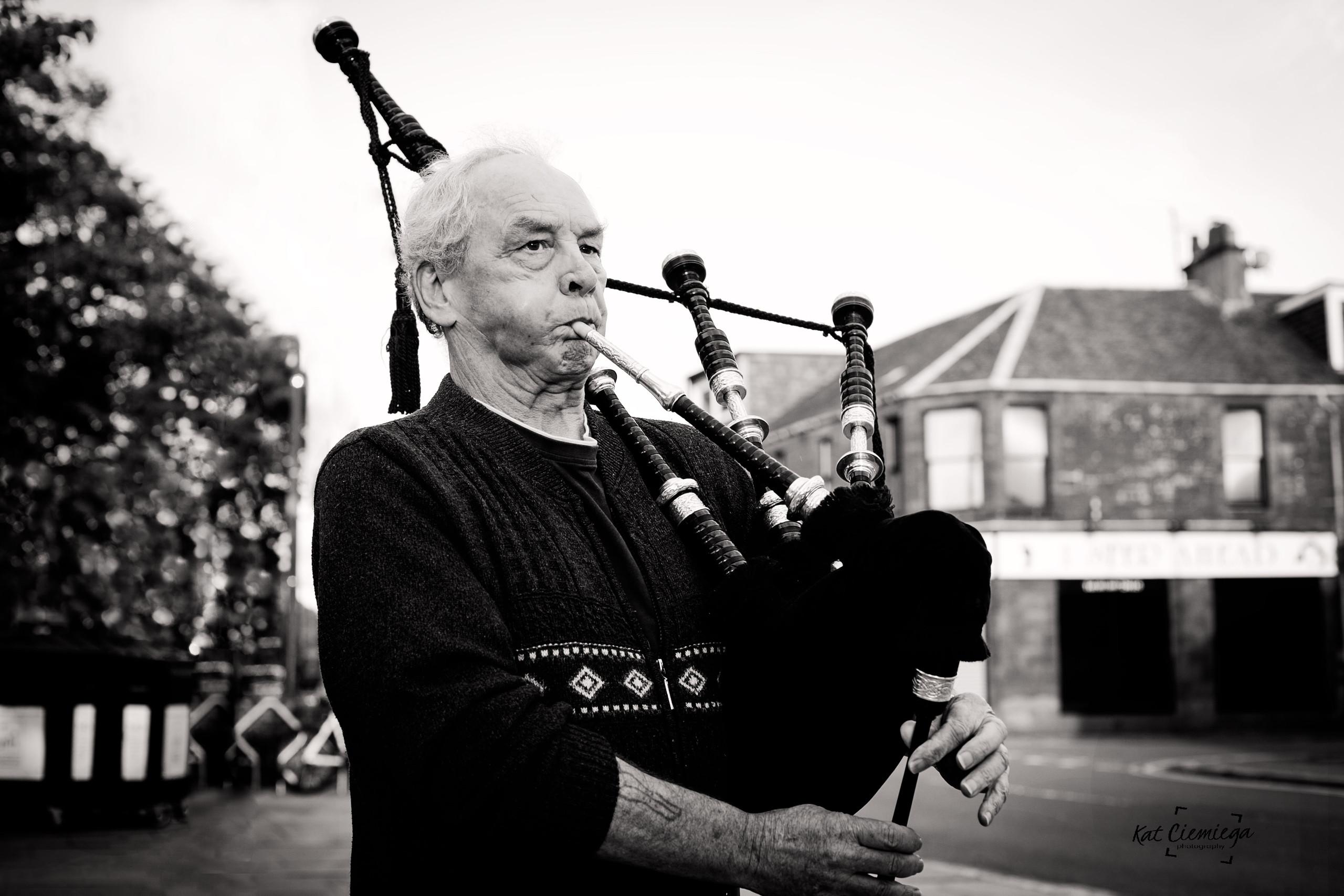 Ray - a Scottish piper. Musician, Scotland, people of Scotland