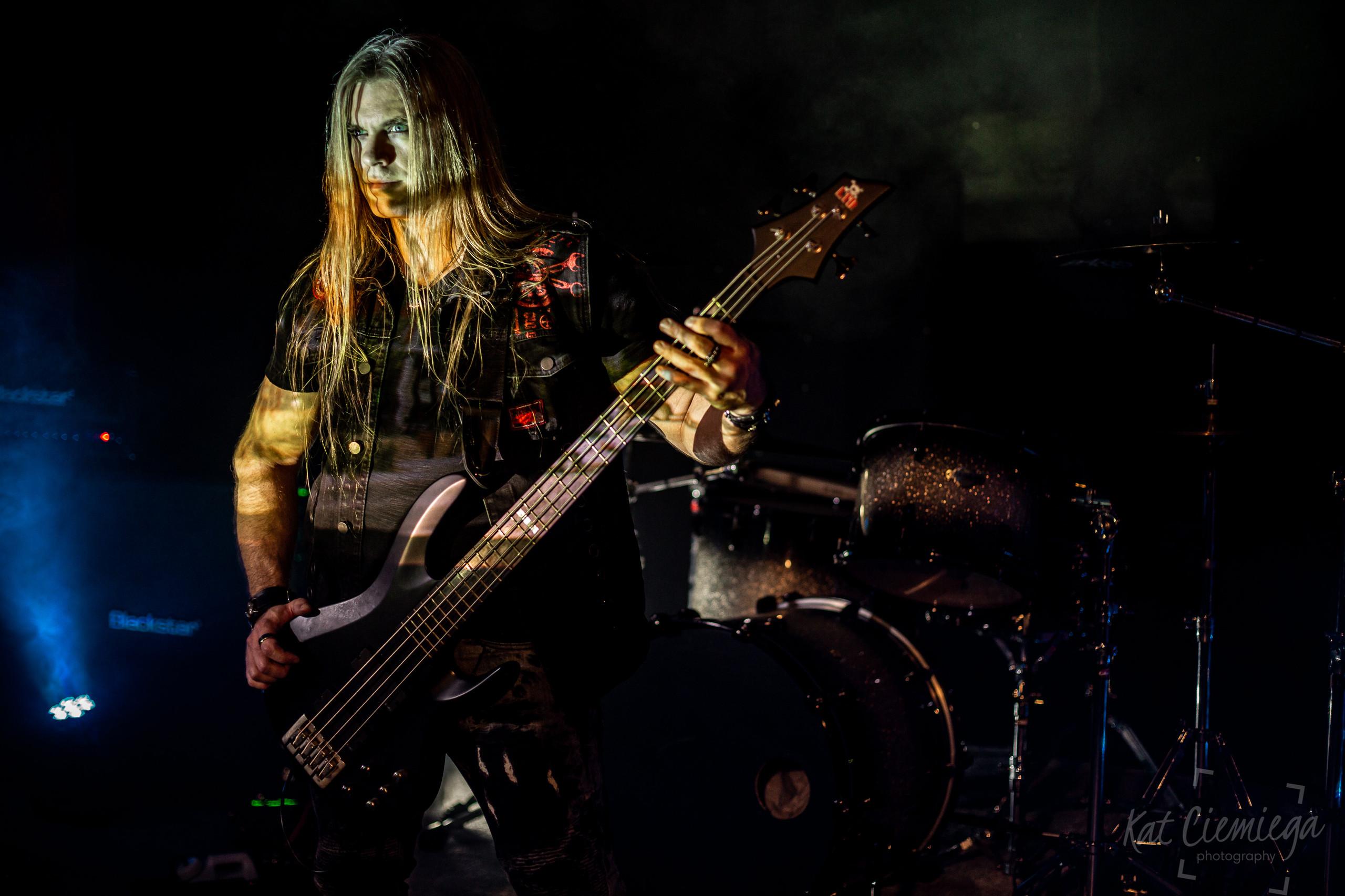 Kat Ciemiega Photography, music photography London, Metasoma, bass player, Jake Thorsen
