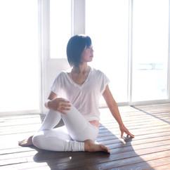 Yoga_ArdhaMatsyendrasana
