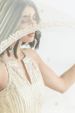 Photographer: Mia Bokhari Model: Nida Apparel: Kynah