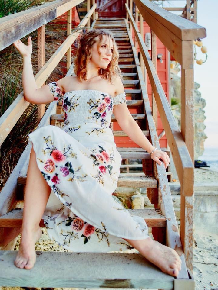 Photographer: Jay Resh Model: Jen Kuehn