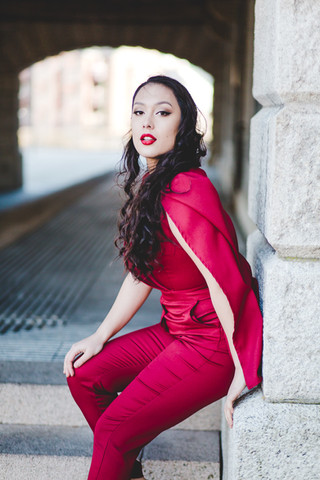 Singer/Songwriter KYI