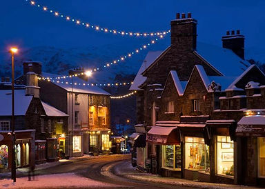 ALAMY-ambleside-winter-exp29May2021-badg