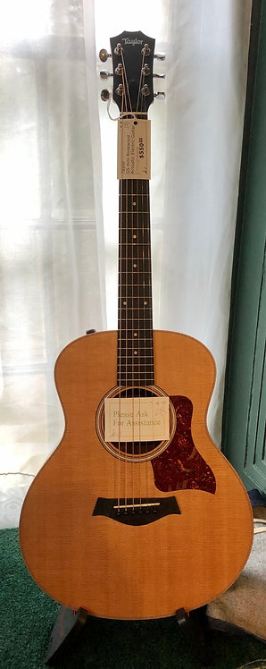 Taylor GS Mini Rosewood Acoustic/Electric Guitar