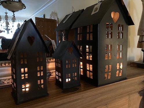 Maison métal noir vieilli grand modèle