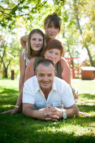 Lucas Frayssinet Couple Famille Bébés