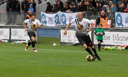 Lucas Frayssinet Sports Zidane Bixente