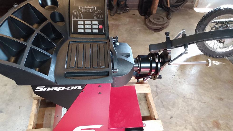 SnapOn Motorcycle Wheel Balance Machine