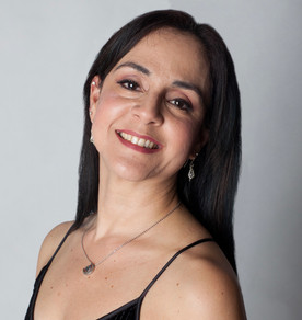 Blanca Huertas-Agnew is a teaching artist, choreographer, and the Founder and Artistic Director of Puerto Rico Classical Dance Competition, the first classical dance competition in Puerto Rico.