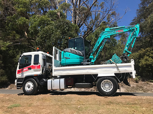 MEDIUM RIGID TIP TRUCK AND 5.5t EXCAVATOR