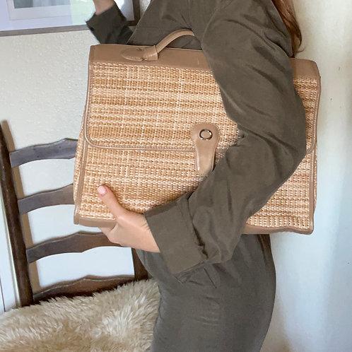 """Vintage Carriage Court 16"""" Woven Portfolio Clutch Laptop Bag"""