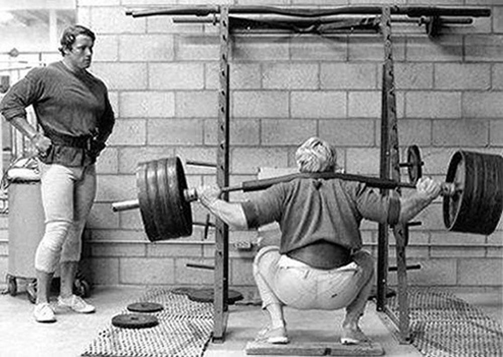 arnold backsquat.jpg
