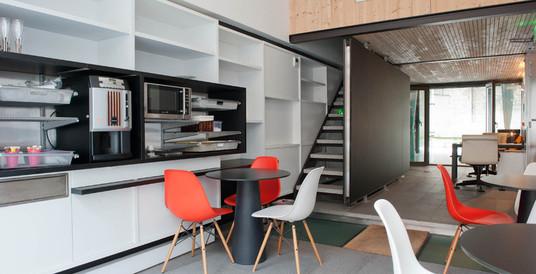 Studio Nilanthi (accueil) - Paris 19e