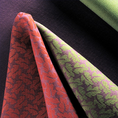 Møbelstof Molly, designet af møbelarkitekt Erik Ole Jørgensen & textildesigner Kirsten Helene Kamedula for Kvadrat Boligtekstiler A/S