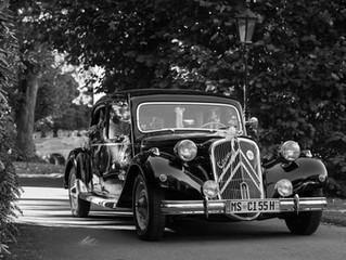 DER Brautwagen!!!Ein Klassiker, immer wieder wunderschön.Citroen 11cv 👍👍