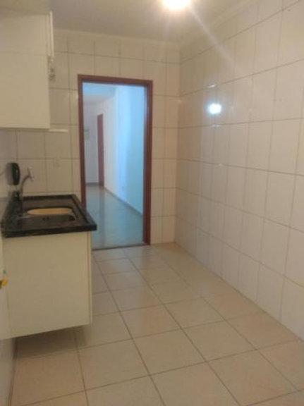 Apartamento - Jaguaribe - 2 Dormitórios