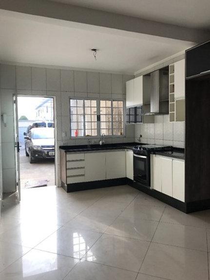 Sobrado - Jardim das Oliveiras - 2 Dormitórios (Á Vista)