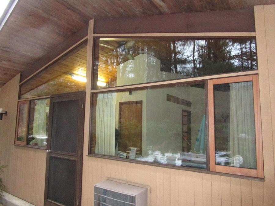 ballas-window-2