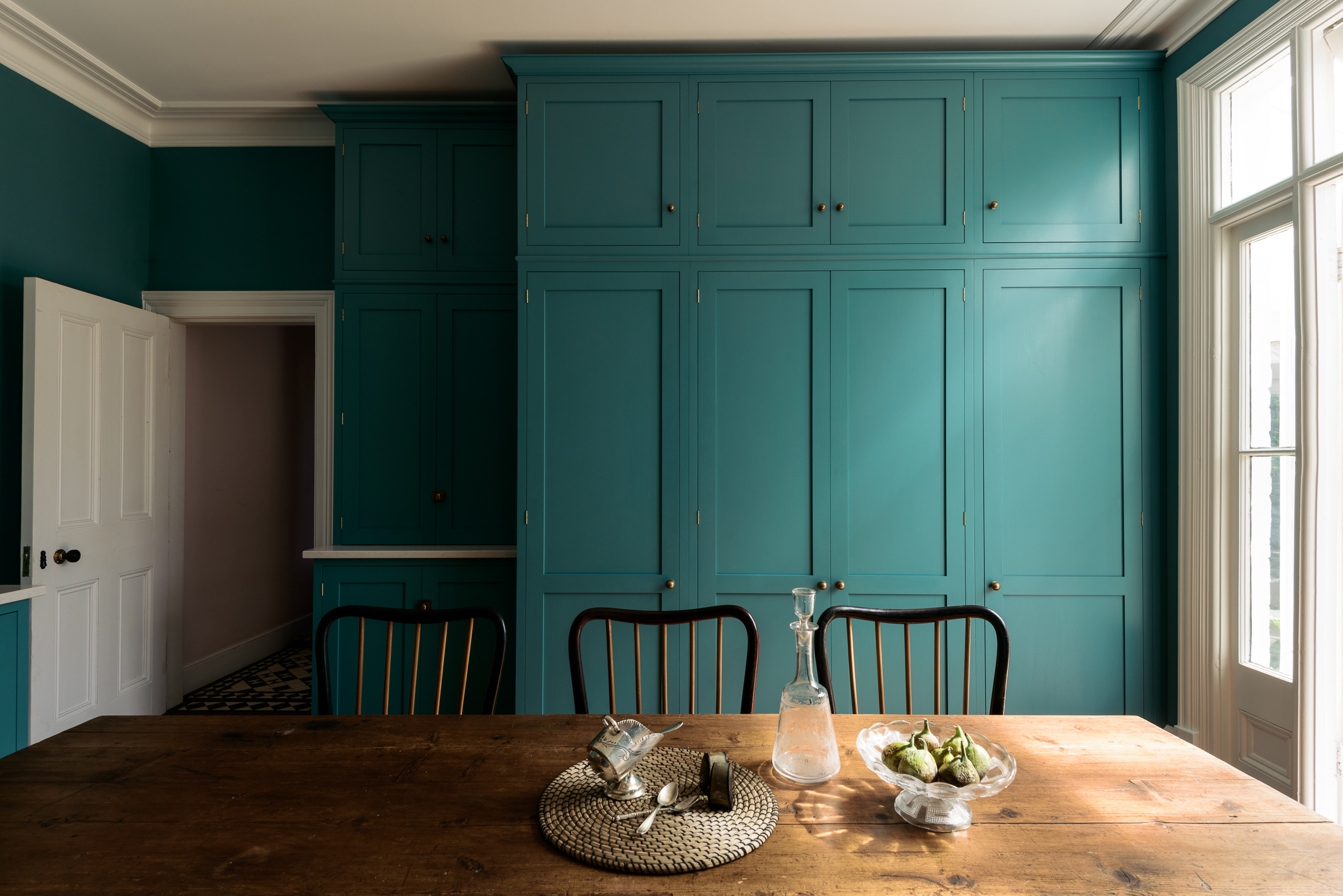 7. The Real Shaker Kitchen by deVOL