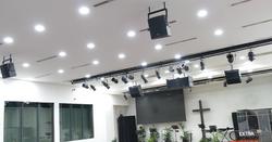 Chapel L-Acoustics speakers-02