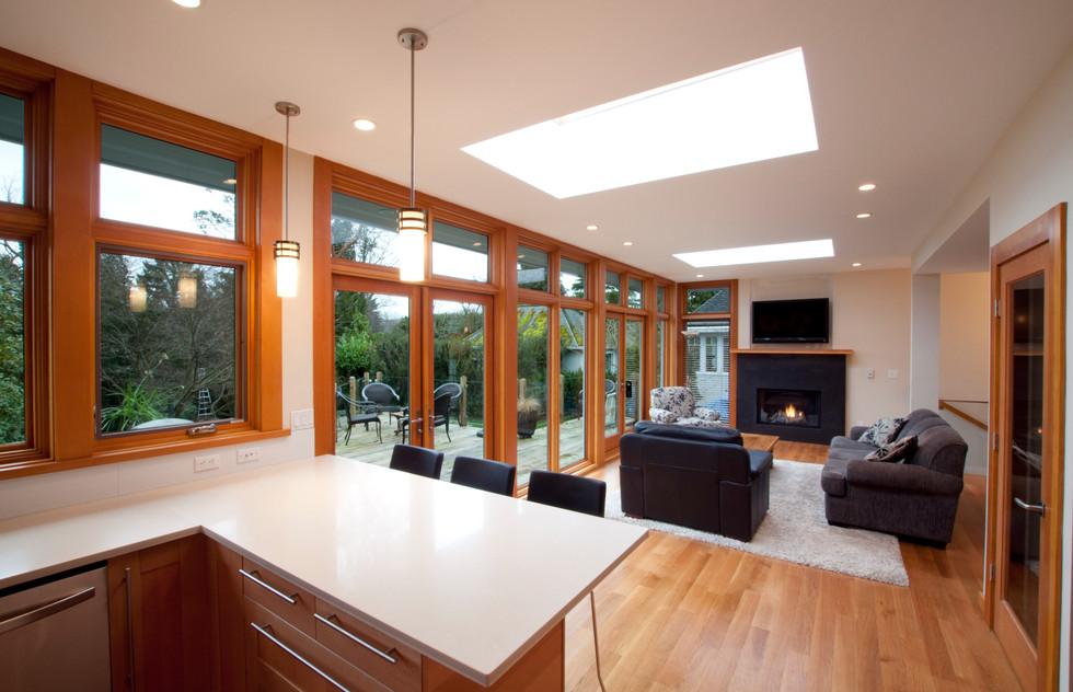 4 Living Kitchen.jpg