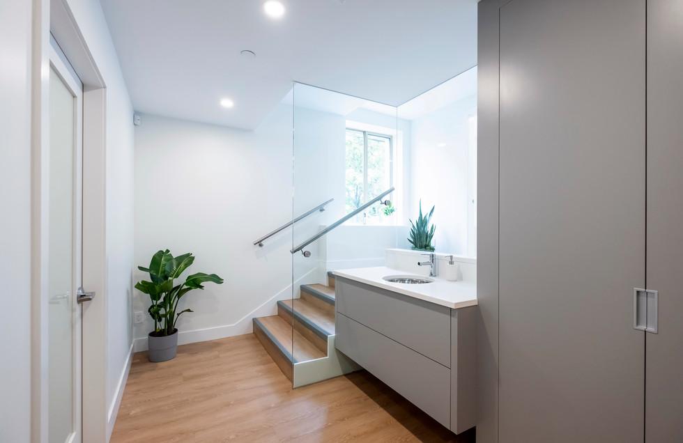 Sink 1.jpg