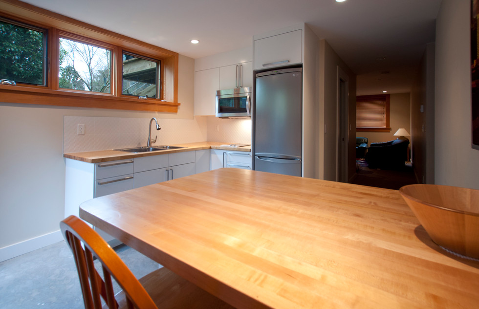 7 Basement kitchen .jpg
