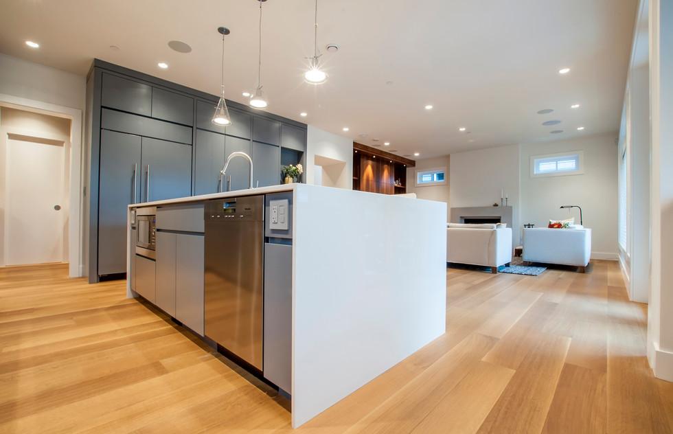 7 Living-Kitchen.jpg