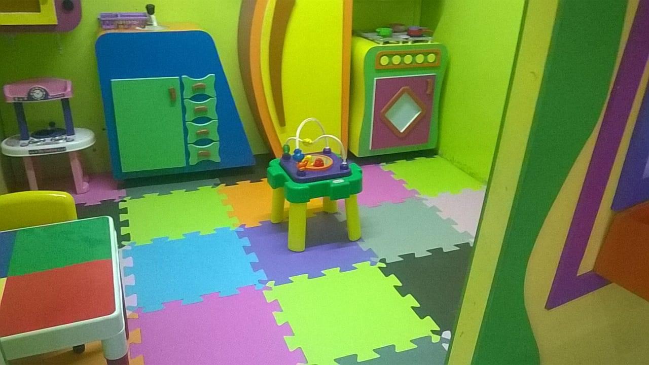 Aquarella - Brinquedos e Diversões