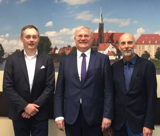 Der für weitere zwei Jahre gewählte Vorstand des DPGSV e.V. (v.l.): Enrico Triebel, Schatzmeister, Donat Wollny, Präsident, Christian Lombardt, Stellvertretender Präsident