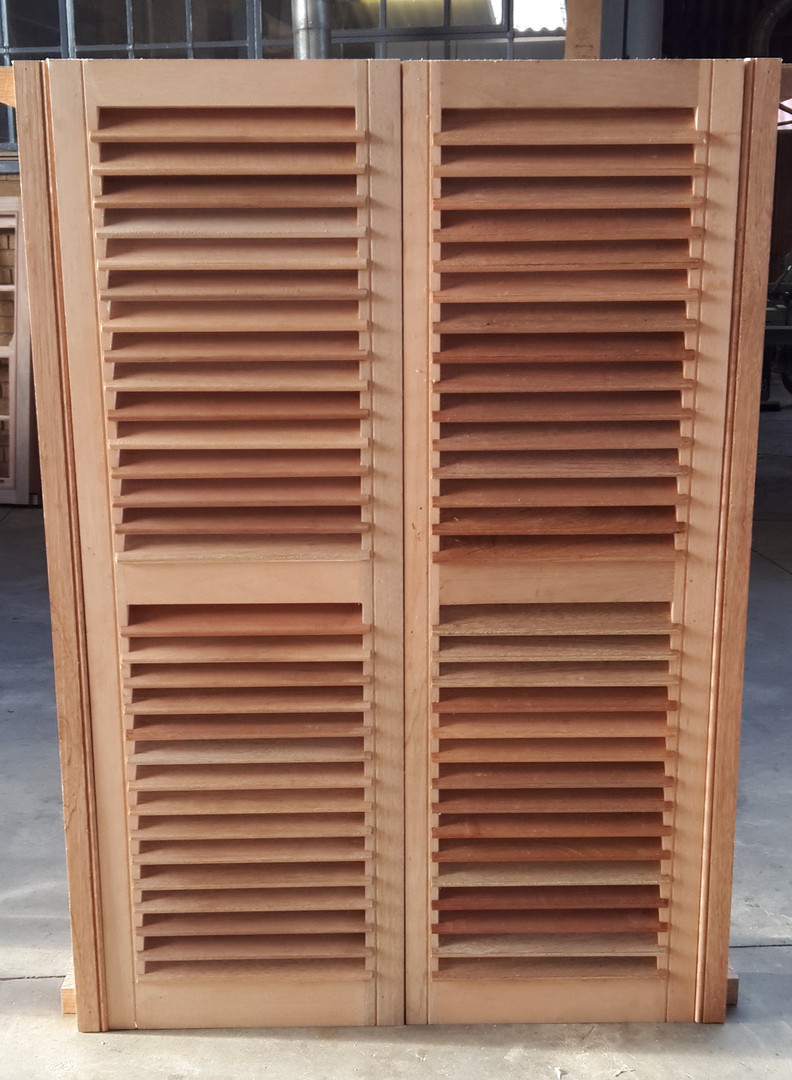 sliding sash windows with shutters (outs