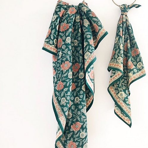"foulard Latika  ""coeur"" APACHES"