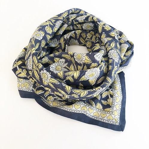 "foulard latika ""coeur"" bleu APACHES"