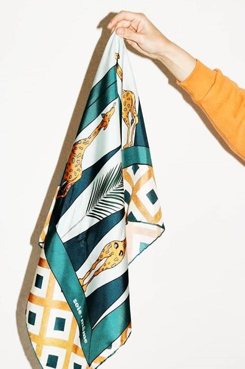 foulard lost girafe SOIE MEME