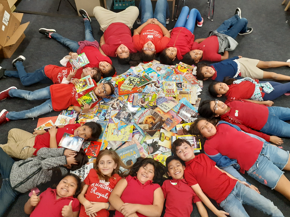 Elementary Kids with Books in Circle.png