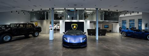 Lamborghini_Zurich-072820.jpg