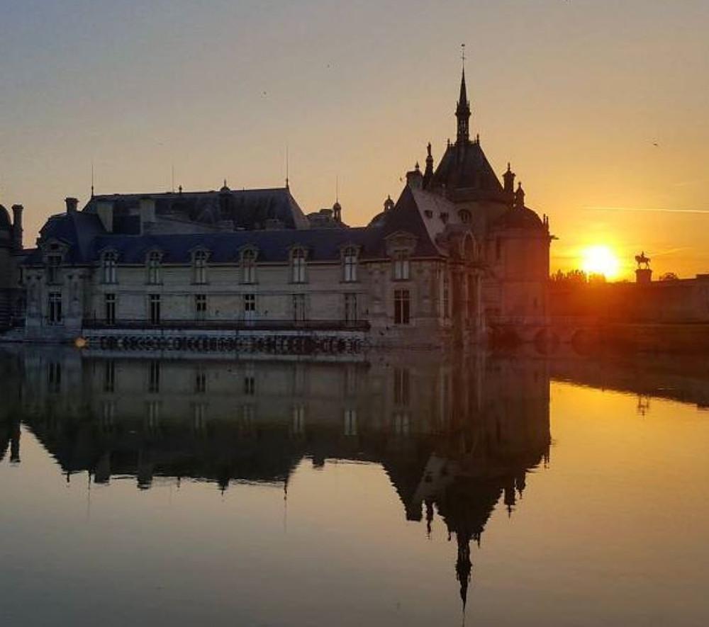Chateau de Chantilly sunrise