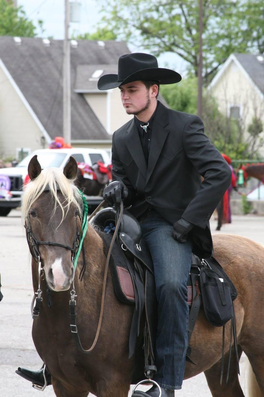 Colt & KB Pegasus pre Parade