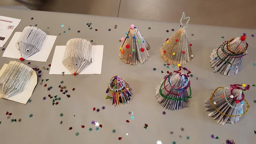 Quelques objets créés par l'école et mis en vente