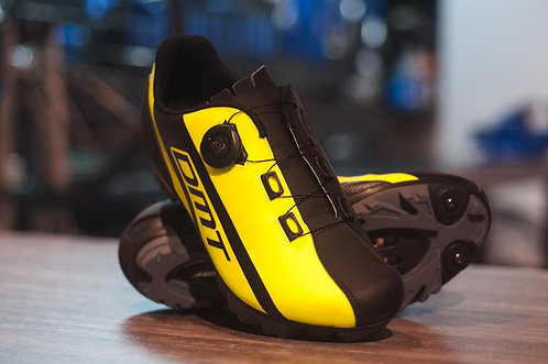 Zapatillas DMT ITALIA M5 de MTB amarilla